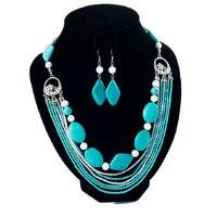 Parures de bijoux en pierres gemmes, pour que vos bijoux soient assortis de façon élégante