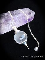 pendule s�phoroton en Cristal de Roche, pierre de lumi�re qui renforce la puissance �nerg�tique