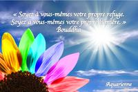 Soyez votre propre lumière Bouddha